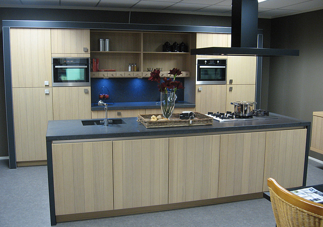 Keuken Kastenwand Met Nis : Keukenstudio Rudie Schr?r